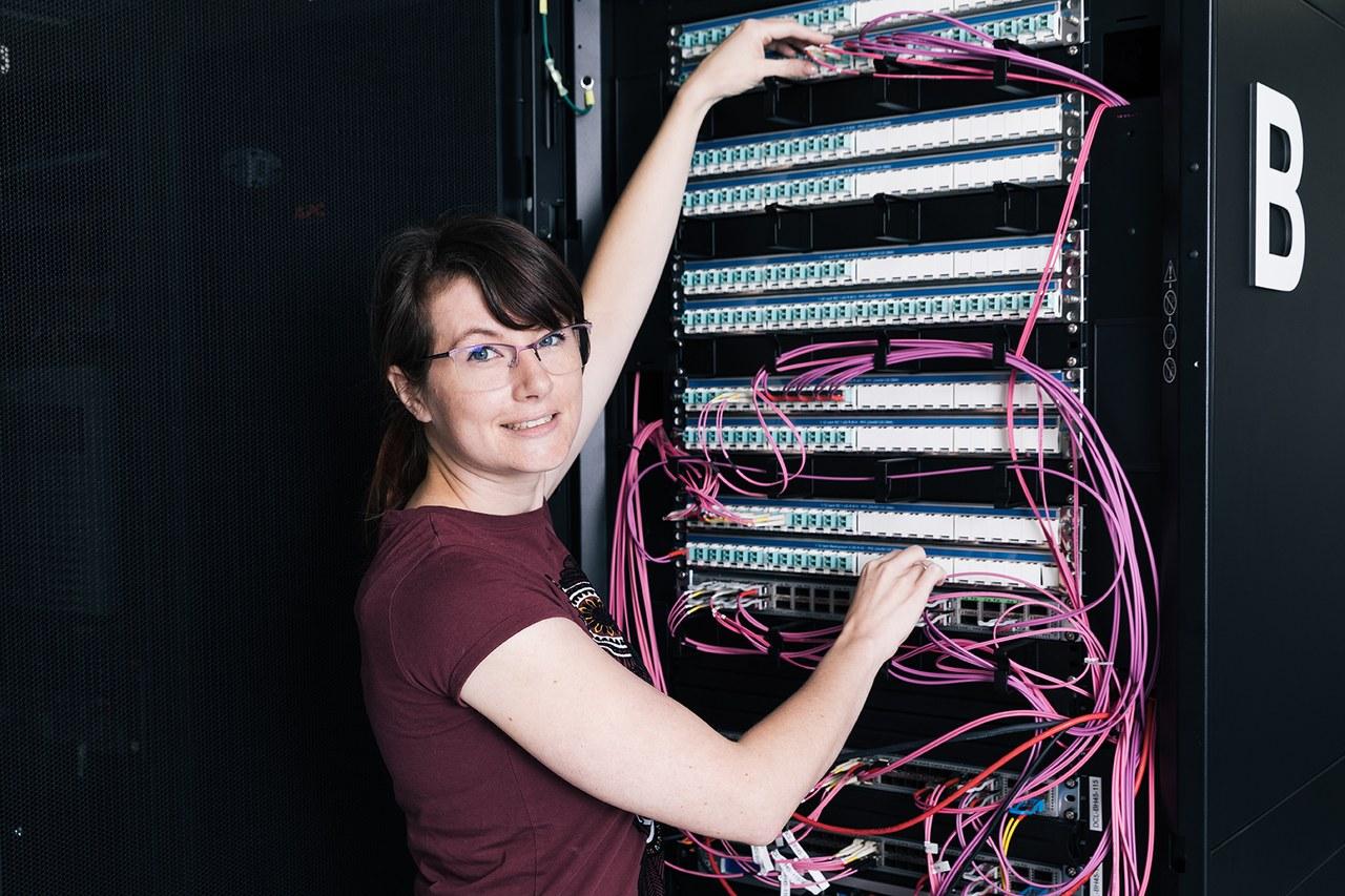 Lernende Informatik bei der Arbeit am Server