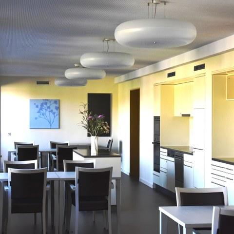 Esszimmer Alters  und Pflegeheim Kühlewil Bild Pierre Steiner (JPG, 5 MB). Vergrösserte Ansicht