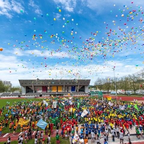 Kids Sports Day 2016 Schlussfeier (JPG, 3,6 MB). Vergrösserte Ansicht