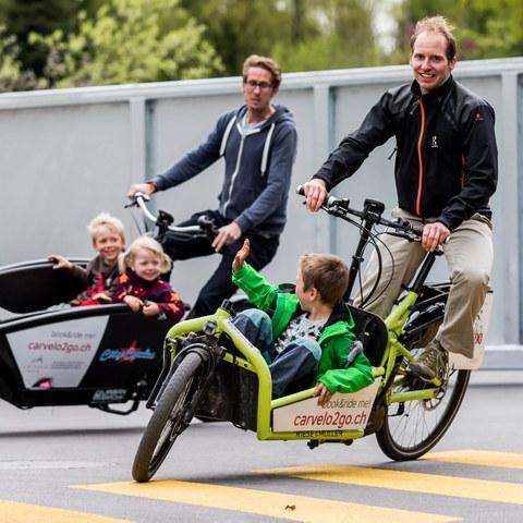 Energiewende erleben Entsorgungshof Schermen  E Cargobike Rennen Bild Thomas Hodel (JPG, 2,9 MB). Vergrösserte Ansicht