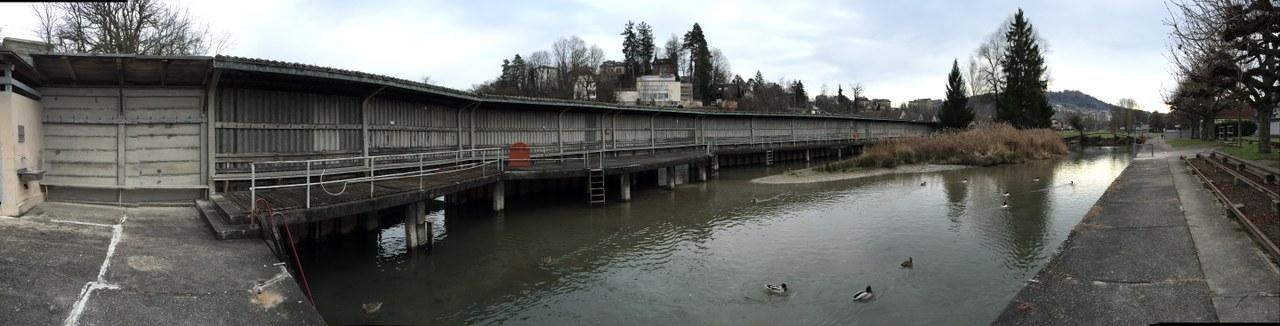 Bauarbeiten für Bueberseeli mit Schwimmkanal beginnen