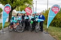 MK Hallo Velo Gruppenbild Gemeindevertreter und OK Hallo Velo. Bild: Sportamt Stadt Bern