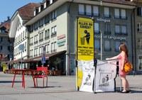 Big Bag und Infosäule Waisenhausplatz