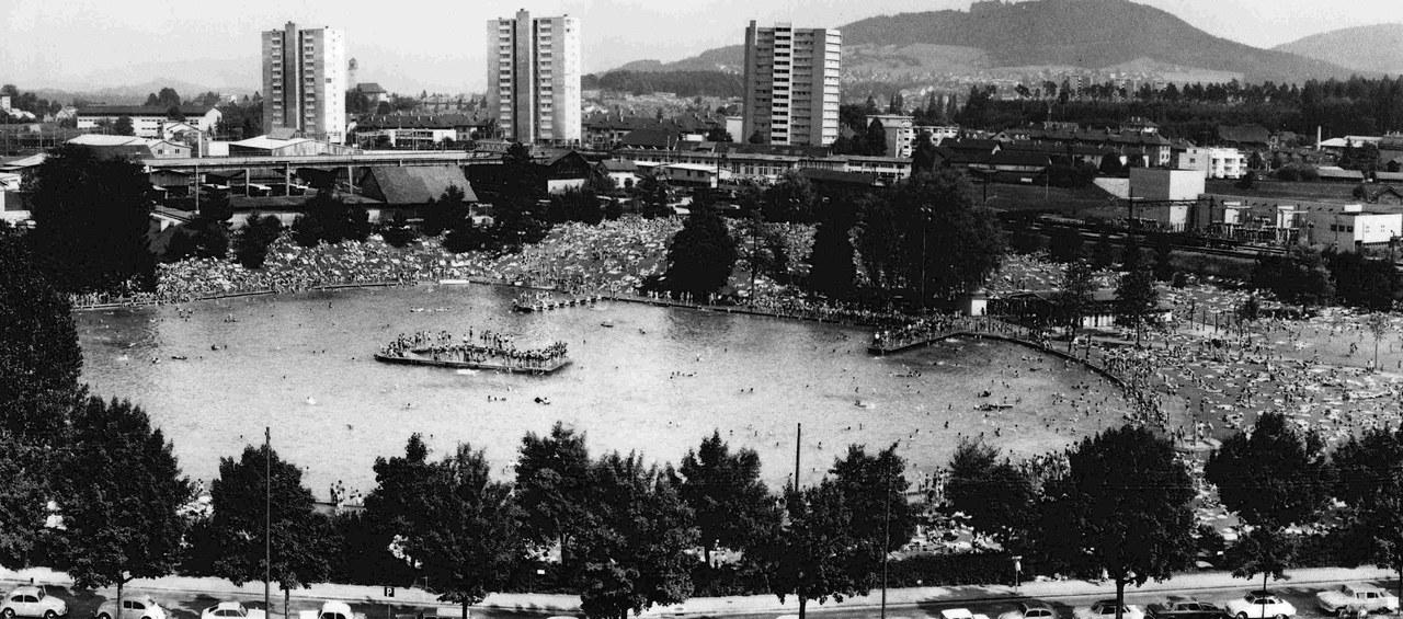 Bild Volles Weyermannshaus im Sommer, ca. 1950 –1980