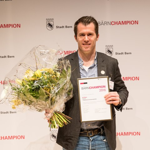 BÄRNCHAMPION 2016 SCB Alex Chatelain Team (JPG, 3,4 MB)