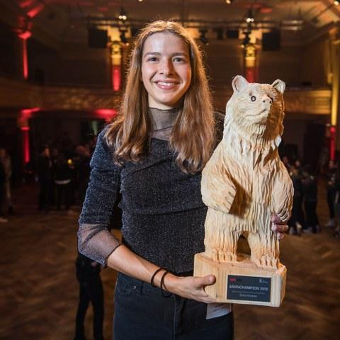 BaernChampion Gewinner Nachwuchs Einzelsportlerin Bild Sportamt Stadt Bern. Vergrösserte Ansicht