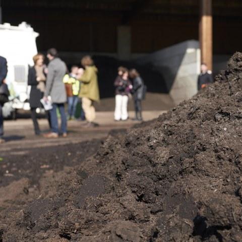 Kompostieranlage Seeland Komposterde Bild Nadine Strub. Vergrösserte Ansicht