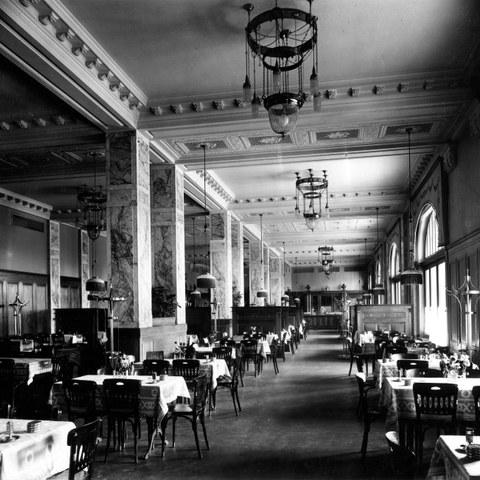 Restaurant Interieur 1909 Bild Burgerbibliothek Bern. Vergrösserte Ansicht