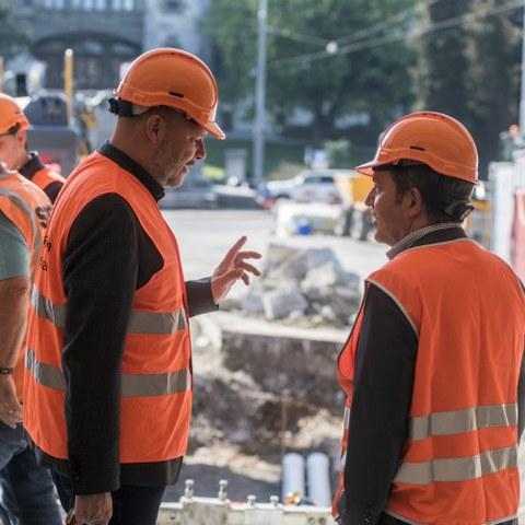 Stadtingenieur Reto Zurbuchen (links) und Bernmobil-Direktor René Schmied. (Bild: Alexander Egger)  . Vergrösserte Ansicht