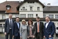Gruppenbild: Andreas Kaufmann, Thomas Iten, Katharina Zuber, Katharina Annen, Alec von Graffenried, Markus Kämpfer (Bild: Thomas Peter)