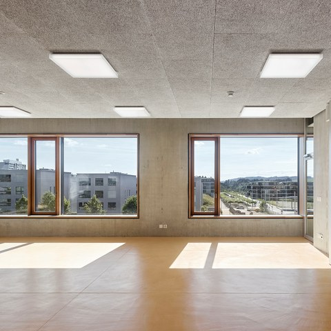Innenansicht Schulhaus Brünnen Bild Damian Poffet Bern (JPG, 695 KB). Vergrösserte Ansicht