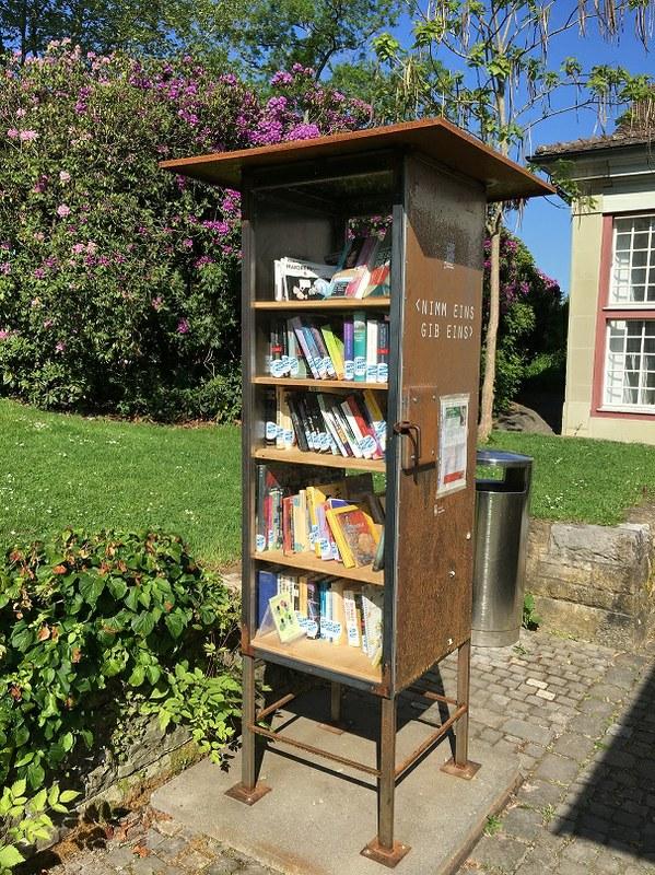 Offene Bücherschränke neu in neun Berner Grünanlagen — Mediencenter