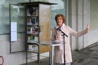 Eröffnung offene Bücherschränke mit Ursula Wyss