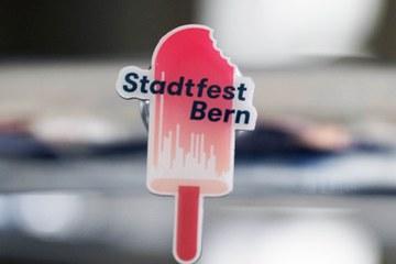 Magnet Pin Stadtfest Bern 2016. Vergrösserte Ansicht