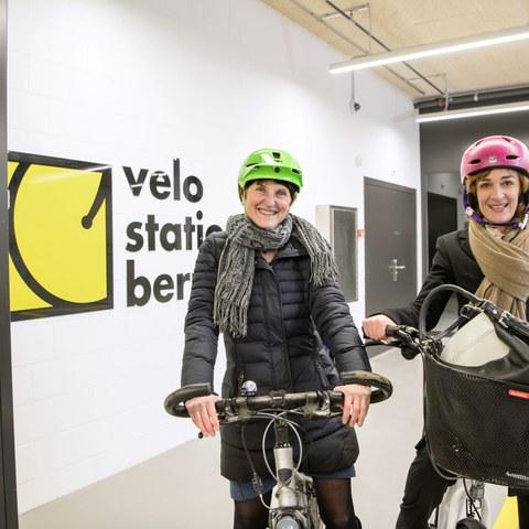 Eröffnung Velostation Schanzenpost Bild 3_Foto Béatrice Devènes. Vergrösserte Ansicht