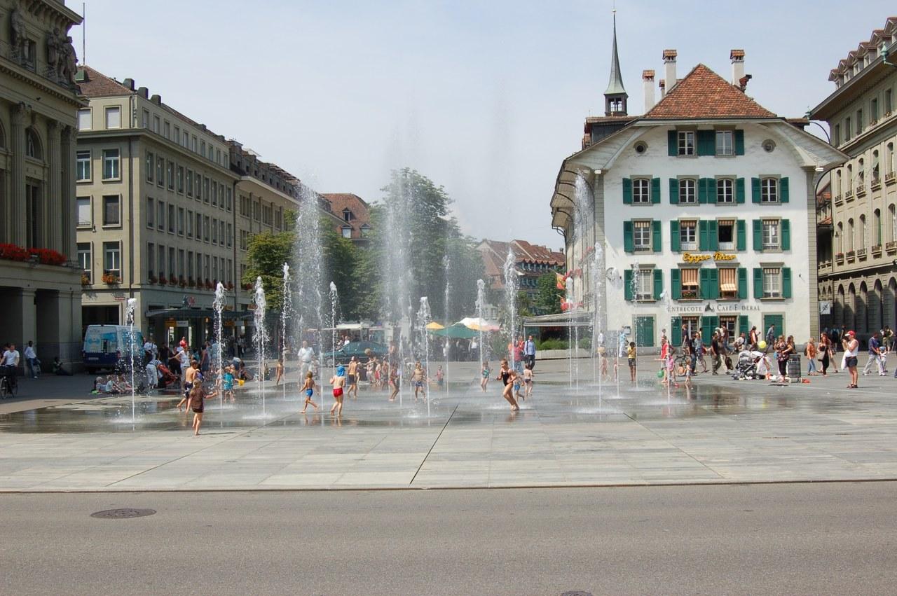 Wasserspiel auf dem Bundesplatz