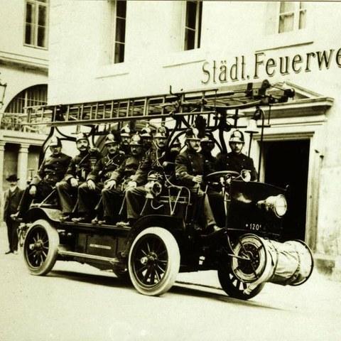 Elektromobil von 1908. Vergrösserte Ansicht
