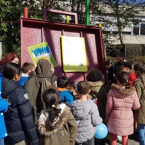 Kinderfest in Bern West. Vergrösserte Ansicht