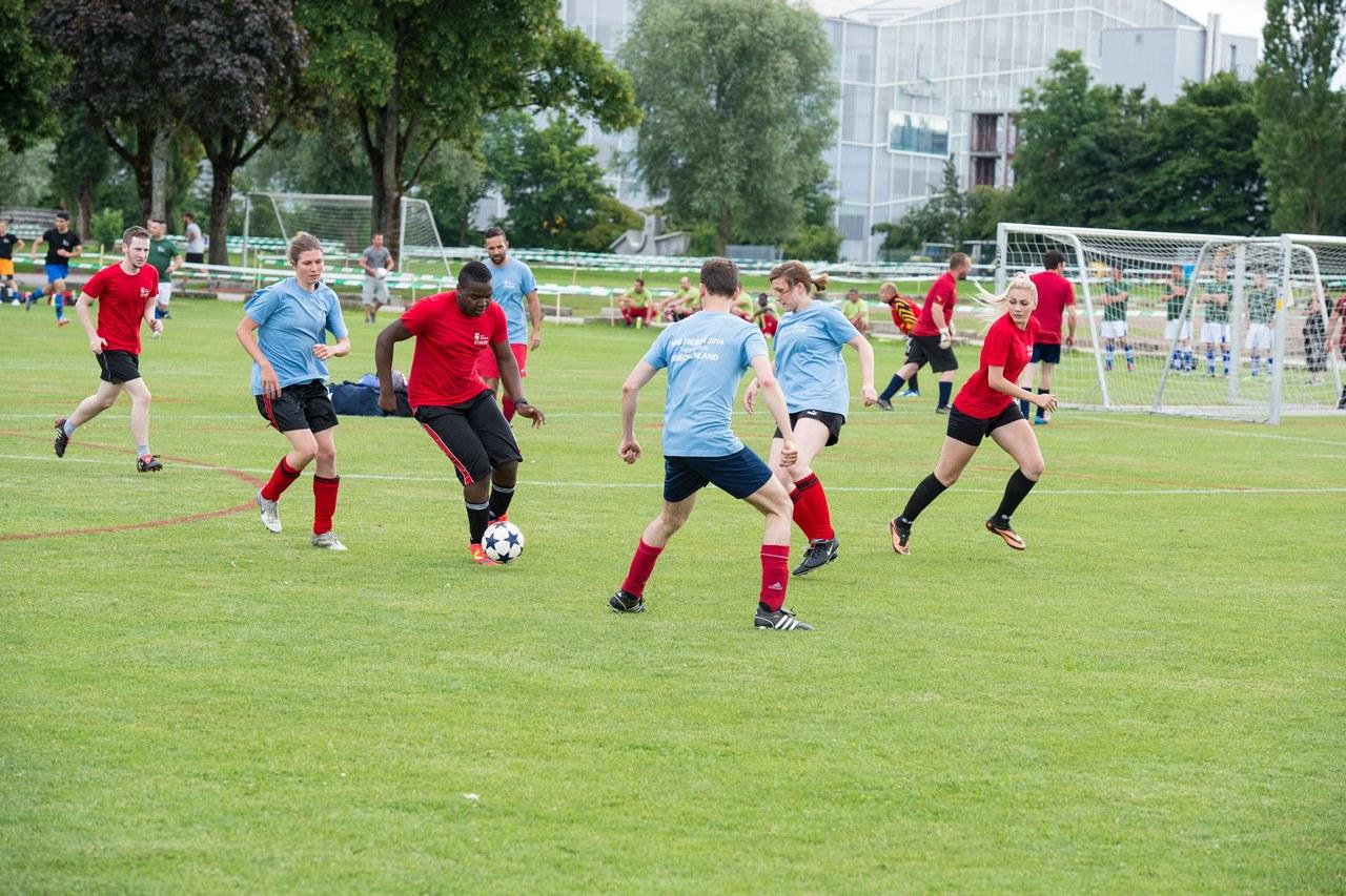 Vereinsfussball