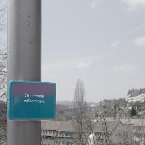 Ortsfremde willkommen  NISCHEN Tine Melzer. Vergrösserte Ansicht